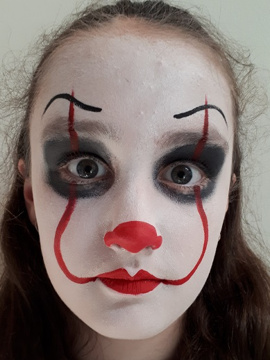 Face Painting - Pennywise